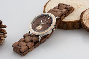 Armbanduhr Karwendel aus Holz und Metall