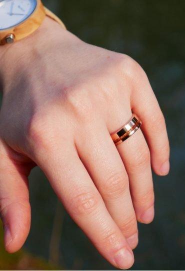 Holzspecht Ring aus Holz